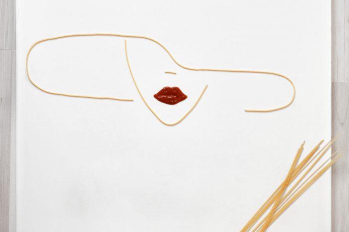 , Концептуальная фотография: макароны и объекты